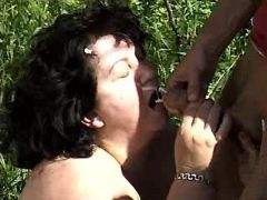 Fat mature gets mouthfull in nature great bbw