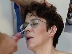 Pregnant mature gets cum on glasses after fuck